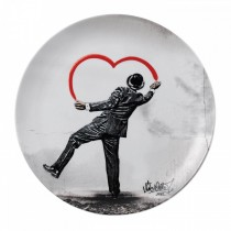 ROYAL DOULTON - NICK WALKER - 27cm PLATE - LOVE VANDAL